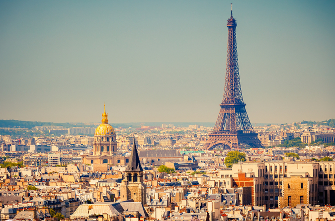 Eiffel Tower - What to Consider While Traveling to Europe