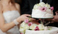 Wedding Cake Toppers – Choosing A Fabulous Topper